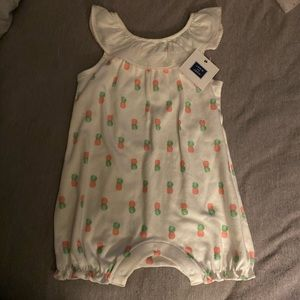 BNWT Janie and jack pineapple outfit